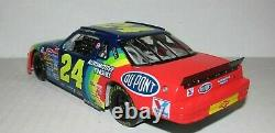 Jeff Gordon 1993 Dupont Rookie Of The Year 1/24 Action Diecast Car 1/5,004