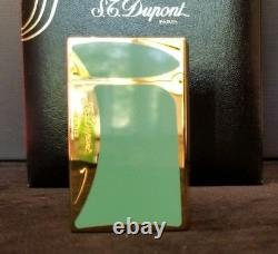 Rare Limited Edition S. T. Dupont Art Nouveau in Green Chinese Lacquer #1076/4000