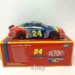 118 Jeff Gordon #24 Dupont 1998 Chevrolet Monte Carlo Revell Édition Limitée